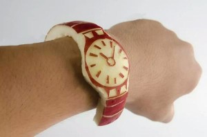 source: http://www.thepoke.co.uk/2014/09/10/first-look-at-the-new-apple-watch/